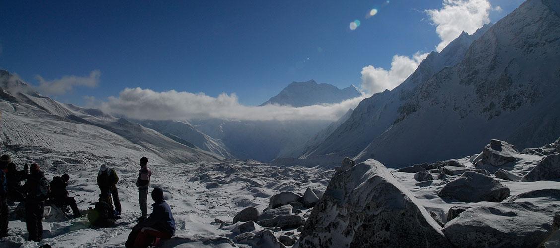 manaslu tsum valley trek