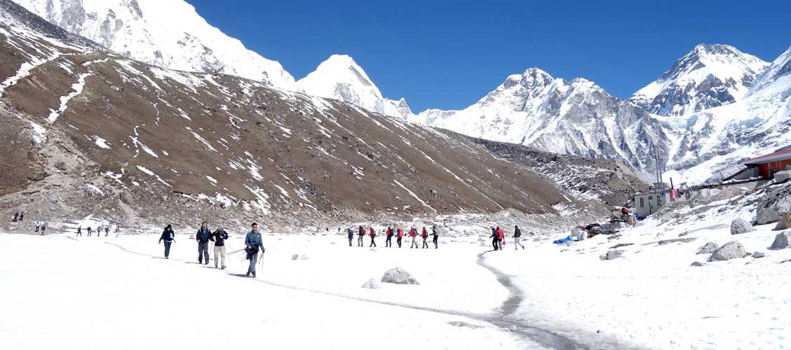 Everest Base Camp Trek in December, Is it Possible? Tips for Dec  Trek