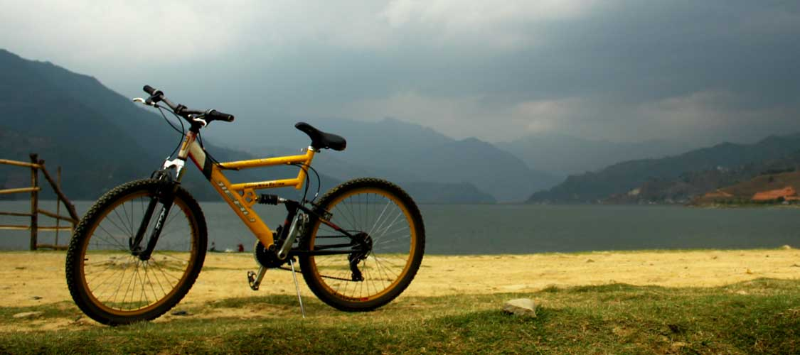 Mountain Bike Tour in Pokhara Nepal